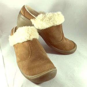 Sporto lined wedge booties size 8